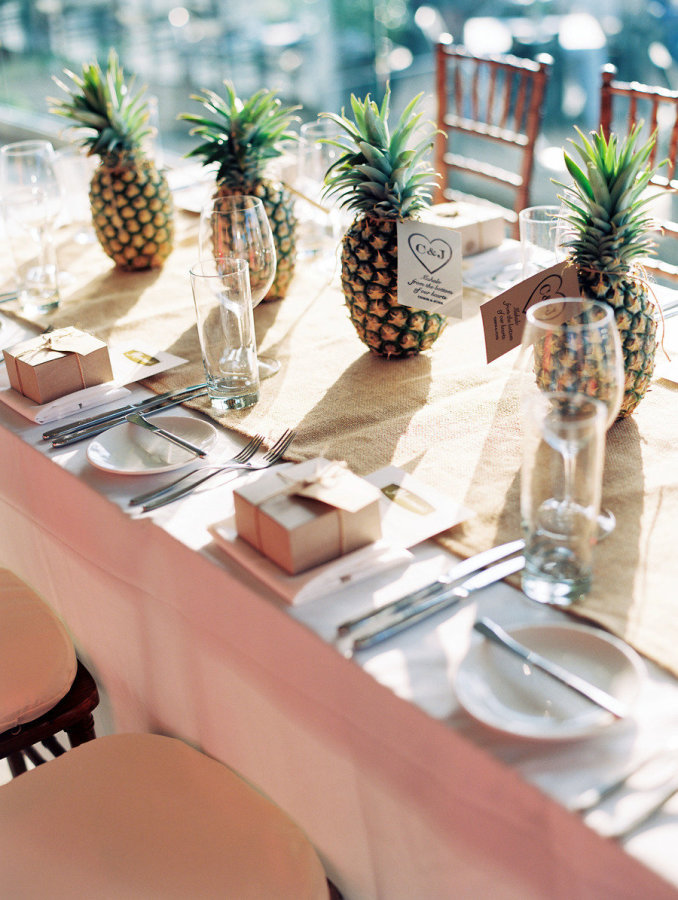 palm springs wedding // pineapple table setting