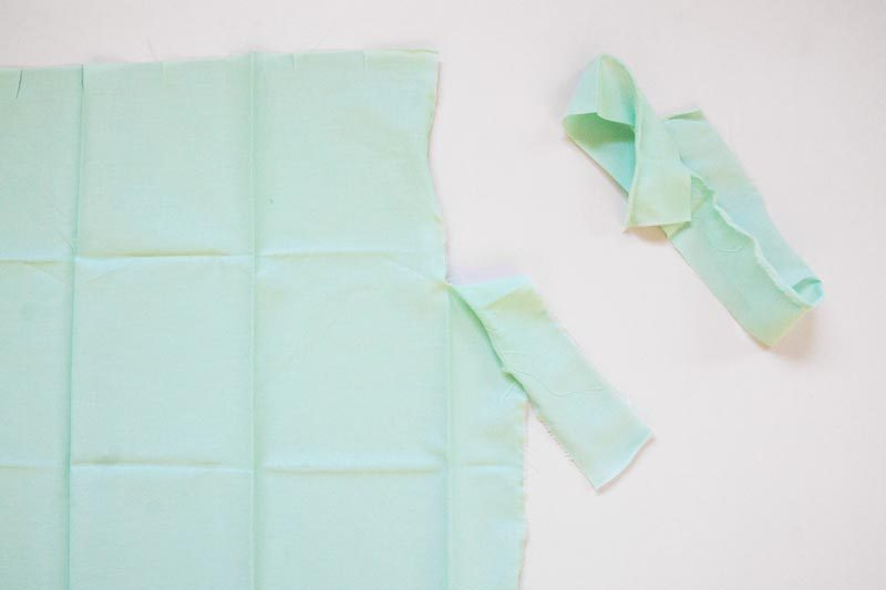 tearing cloth for a diy garland