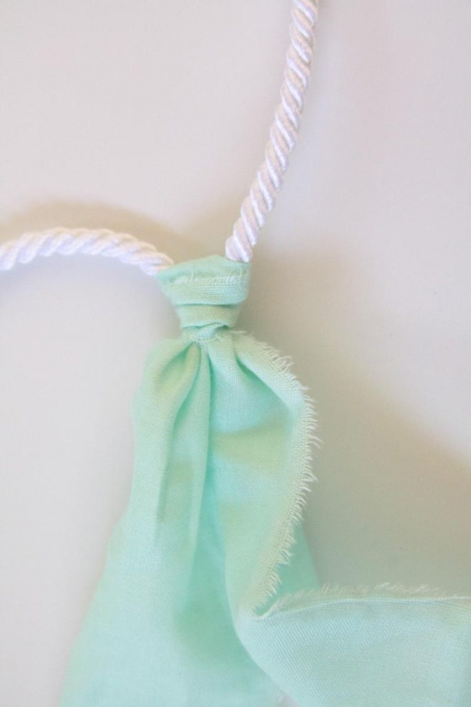 mint cloth diy garland knot