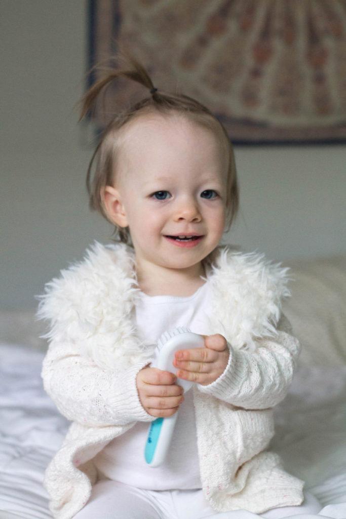 holiday card photos - baby girl