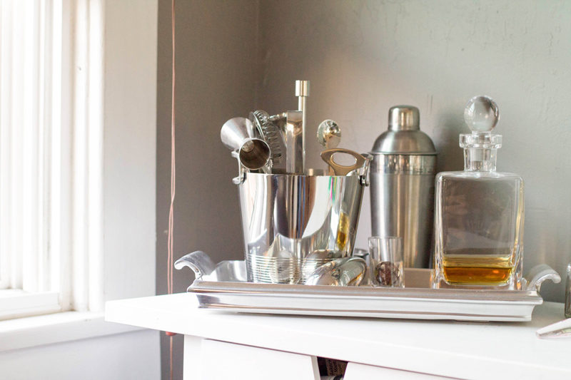 north park bungalow // bar cart