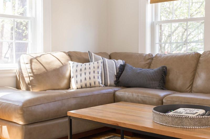 east coast craftsman living room